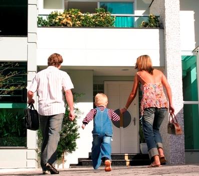 Szukasz domu? Pomyśl o swoich dzieciach i ich przyszłości!