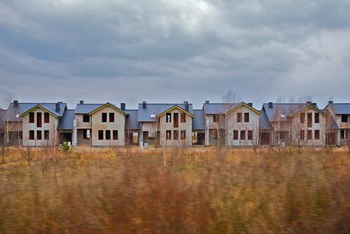 Dramatyczne tempo wzrostu cen domów. Dajemy wskazówki, jak nie przepłacać w tej sytuacji