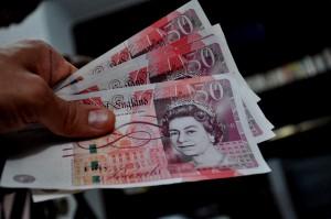 50-funtów-pieniadze