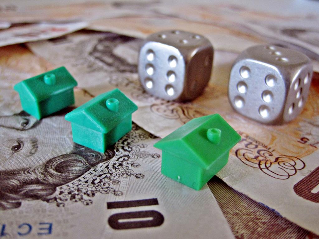 Na co zwrócić uwagę przy podpisywaniu umowy o kupno domu?